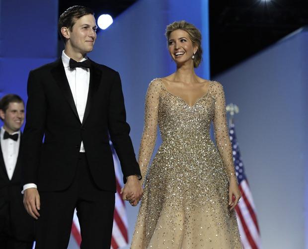 Tưởng bà Trump đã xuất sắc lắm, ai ngờ con gái ông Trump còn mặc đẹp hơn cả mẹ mình - Ảnh 8.