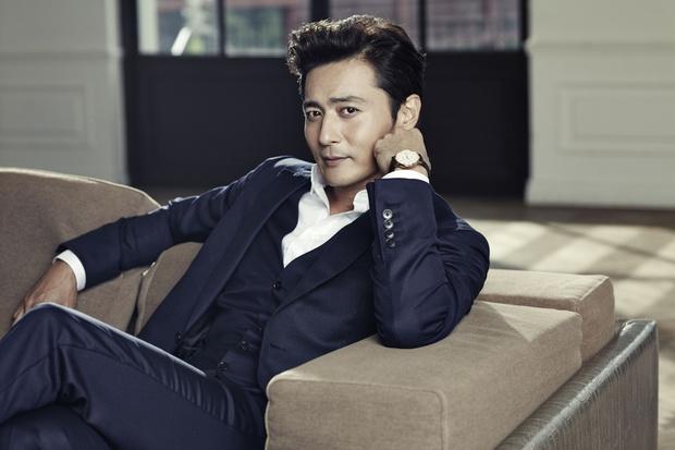 Những ông bố của mỹ nam mỹ nữ hàng đầu xứ Hàn: Đẹp đến tầm tài tử cũng phải ghen tị - Ảnh 4.