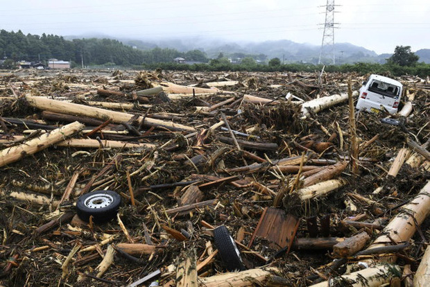 Nhật Bản: Lũ lụt khiến gần 50 người thiệt mạng và mất tích - Ảnh 1.