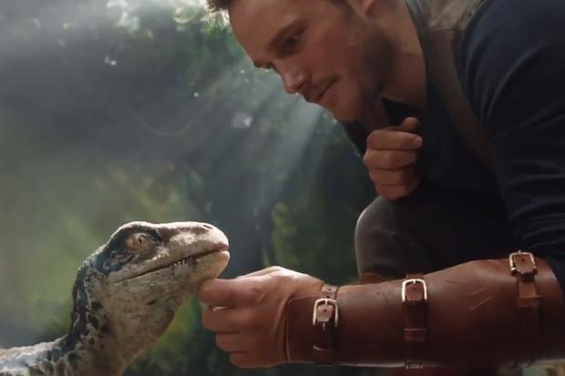 Hé lộ những hình ảnh đầu tiên của bom tấn Jurassic World: Fallen Kingdom - Ảnh 2.