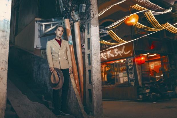Juun Đăng Dũng ra mắt MV đặc biệt tặng người Sài Gòn sau 7 năm sinh sống - Ảnh 4.