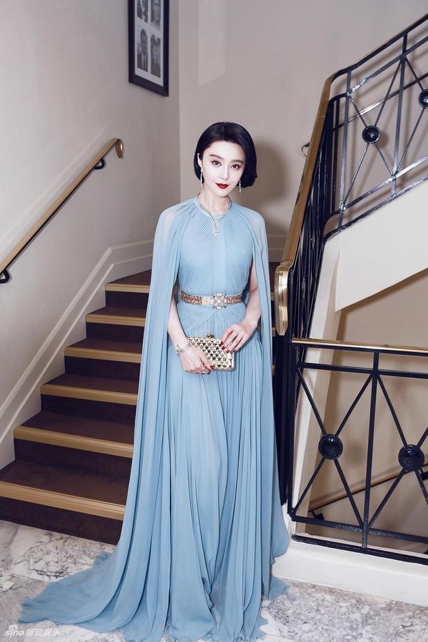 Thảm đỏ LHP Cannes: Phạm Băng Băng lộng lẫy như nữ hoàng, quyết cân dàn mỹ nhân quốc tế - Ảnh 1.