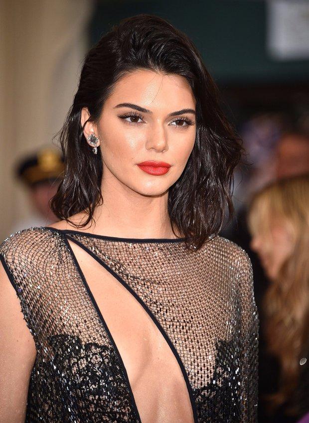 Top 16 mỹ nhân sở hữu đôi môi căng mọng gợi cảm nhất Hollywood hiện nay - Ảnh 13.