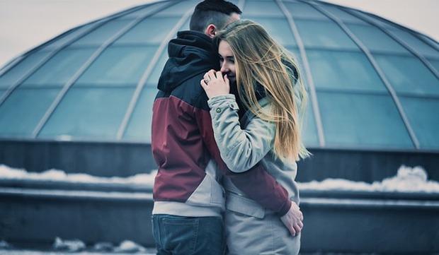 8 lý do vì sao bạn không nên thốt ra lời yêu quá sớm khi hẹn hò cùng ai đó - Ảnh 1.