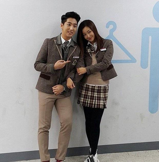 Tranh cãi việc Kim Hee Sun tự nhận mình đẹp hơn cả Kim Tae Hee và Jeon Ji Hyun - Ảnh 30.