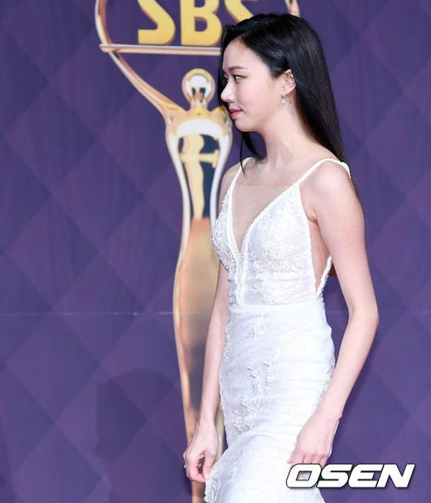 Thảm đỏ SBS Drama Awards: Nữ thần Suzy cân cả Yuri và dàn mỹ nhân hàng đầu Kpop, cặp vợ chồng Jisung quyền lực xuất hiện - Ảnh 27.