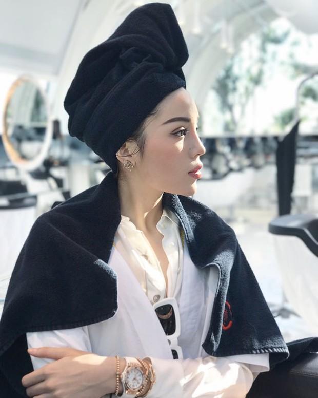 Tới Milan Fashion Week, Kỳ Duyên đầu tư kỹ lưỡng và xuất hiện ngay trên hàng ghế đầu show Moschino - Ảnh 12.