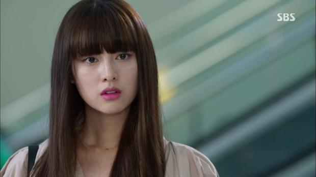 Kim Ji Won - Mỹ nhân sở hữu gương mặt thiên thần chuyên trị vai đanh đá - Ảnh 5.