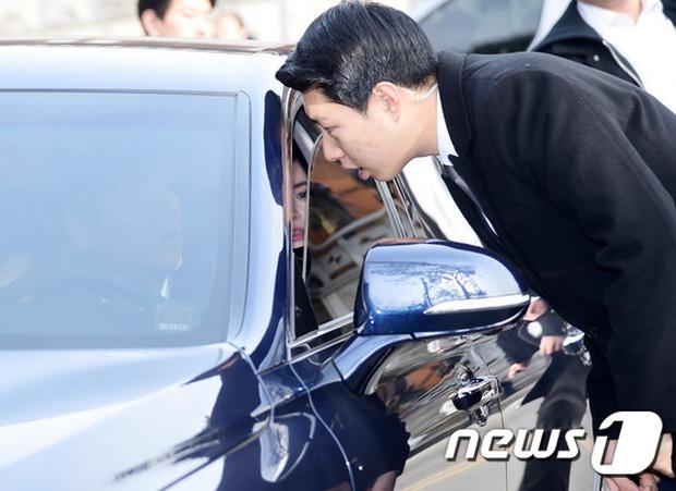 HOT: Rò rỉ hình ảnh hiếm hoi Kim Tae Hee và Bi Rain hạnh phúc thề nguyện bên trong đám cưới thế kỷ - Ảnh 9.