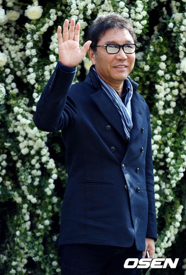 Hôn lễ đẹp nhất xứ Hàn: S.E.S tái hợp, chủ tịch SM Lee Soo Man cùng dàn sao khủng xuất hiện - Ảnh 20.