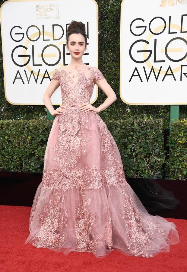 Thảm đỏ Quả Cầu Vàng 2017: Lily Collins đẹp như công chúa, đánh bật dàn Hoa hậu, mỹ nhân Hollywood - Ảnh 1.