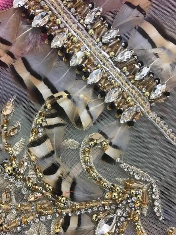 Chiếc đầm cuối cùng của Lý Nhã Kỳ tại Cannes: Rẻ nhất nhưng lại chặt chém nhất! - Ảnh 7.