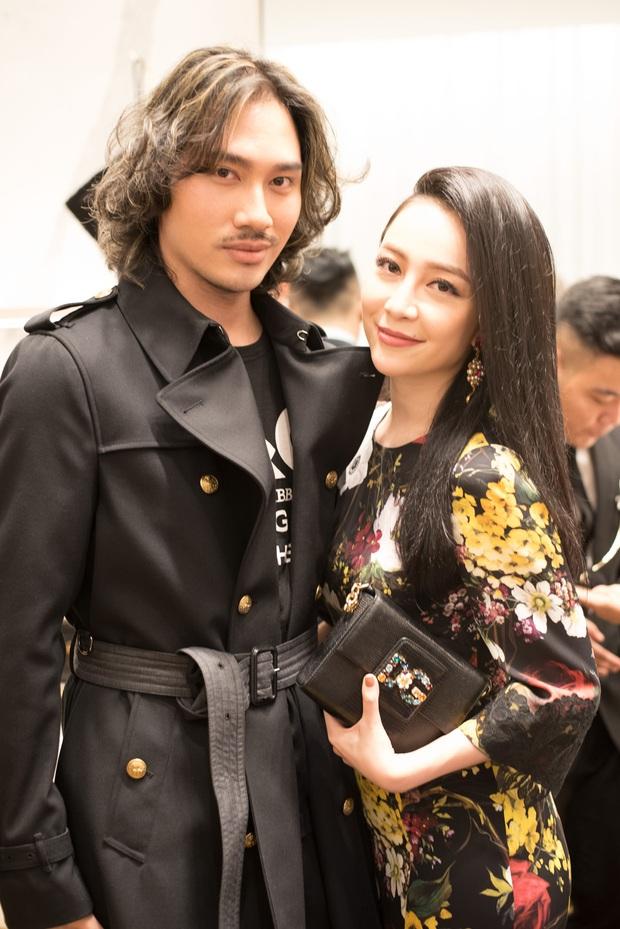 Chi Pu và Phí Phương Anh cùng đọ sắc với tông đen ở sự kiện thời trang, ai mặc đẹp hơn? - Ảnh 15.