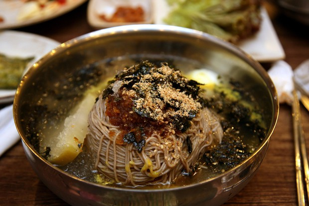 Mì lạnh Hàn Quốc thì quá quen thuộc nhưng không biết là có tổng cộng bao nhiêu loại? - Ảnh 4.