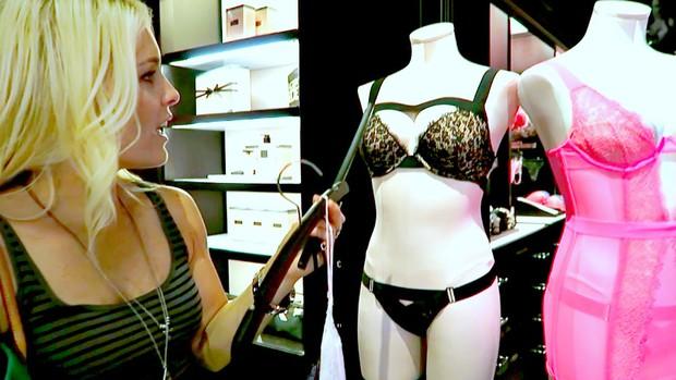Khoa học chỉ ra rằng cứ đến đúng thời điểm đấy, nữ giới lại đua nhau ăn mặc sexy - Ảnh 1.