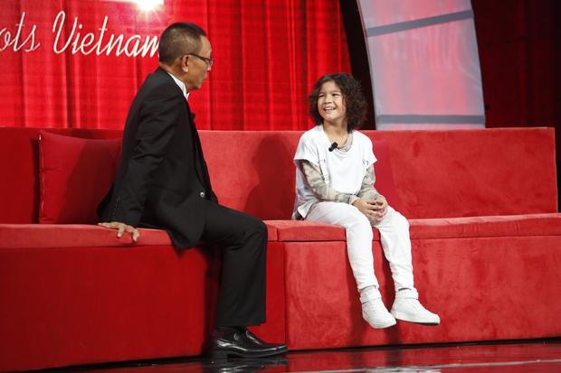 Cô bé 11 tuổi người Mỹ bắn cung bằng chân khiến khán giả truyền hình Việt thót tim - Ảnh 10.