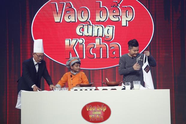 Đầu bếp nhí 7 tuổi gây sốt The Ellen Show xuất hiện đáng yêu trên truyền hình Việt! - Ảnh 3.
