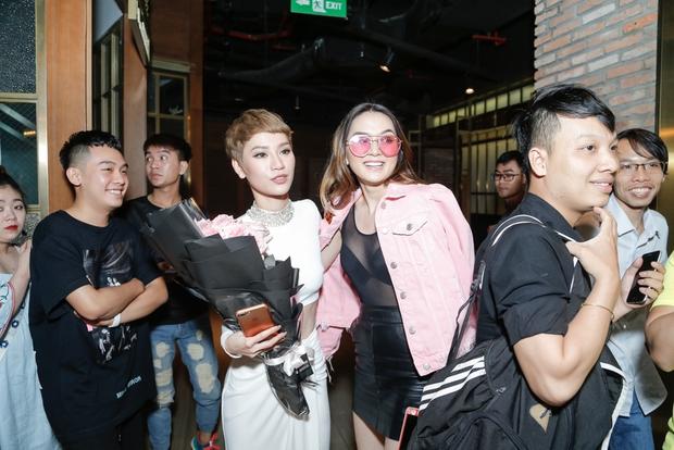 Tăng Thanh Hà xuất hiện xinh đẹp, thu hút sự chú ý tại buổi ra mắt MV của bạn thân Trà My Idol - Ảnh 14.