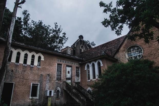5 công trình bị bỏ hoang tại Việt Nam, muốn có những bức ảnh kì bí hết cả hồn thì nhất định phải đến! - Ảnh 3.