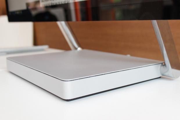 Trải nghiệm nhanh máy tính kiêm bàn vẽ Surface Studio tại Việt Nam: mỏng, đẹp và ấn tượng! - Ảnh 2.