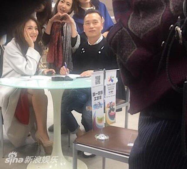 An Dĩ Hiên dẫn theo dàn hảo tỷ muội đi đăng ký kết hôn, tiết lộ màn cầu hôn siêu lãng mạn - Ảnh 5.