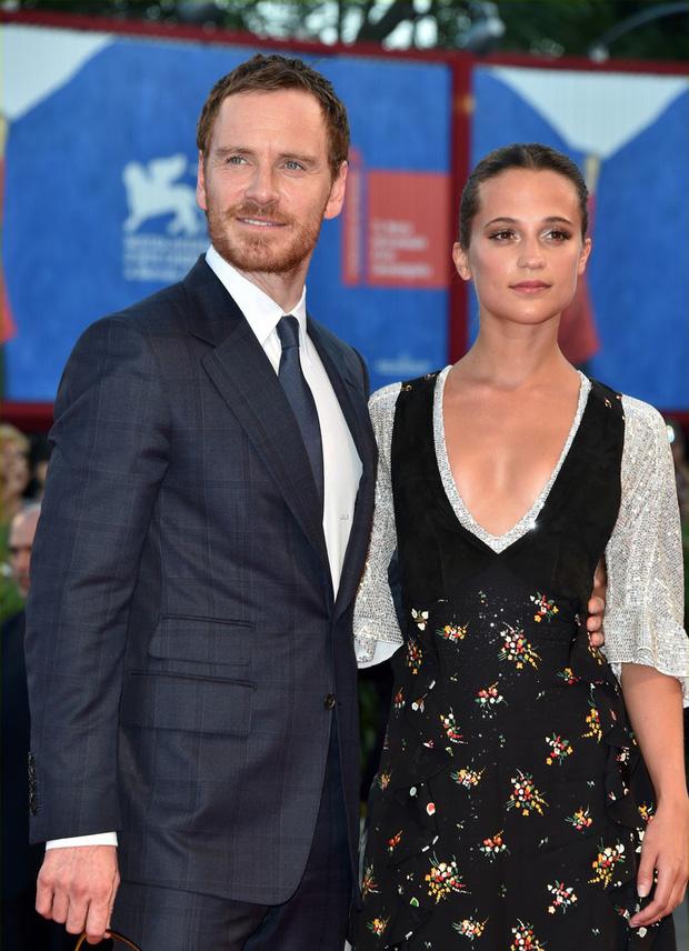 Là siêu sao hàng đầu Hollywood, tài tử X-Men và mỹ nhân Cô gái Đan Mạch lại làm đám cưới kín đáo bất ngờ - Ảnh 7.