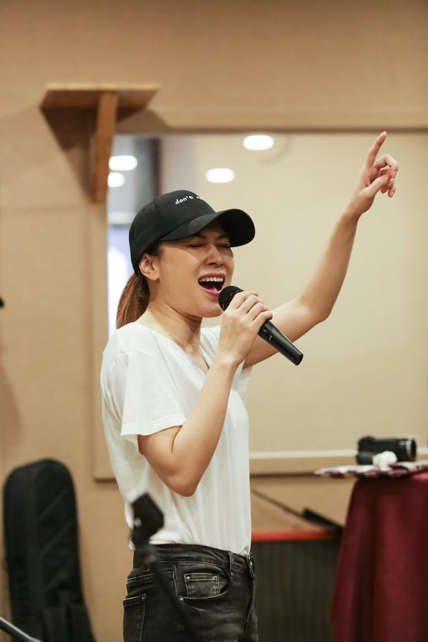 Mỹ Tâm ráo riết tập luyện cho showcase tại phố đi bộ Hà Nội, hạnh phúc vì Tâm 9 phá kỉ lục của Yesterday & Now - Ảnh 6.