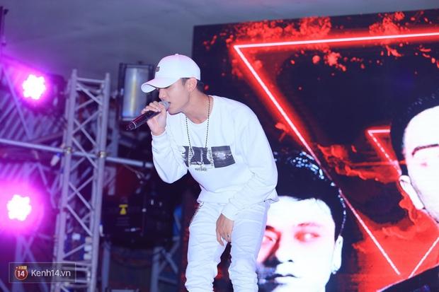 Soobin Hoàng Sơn và dàn DJ nổi tiếng quẩy hết mình cùng khán giả Hà thành trong đêm nhạc EDM sôi động - Ảnh 3.