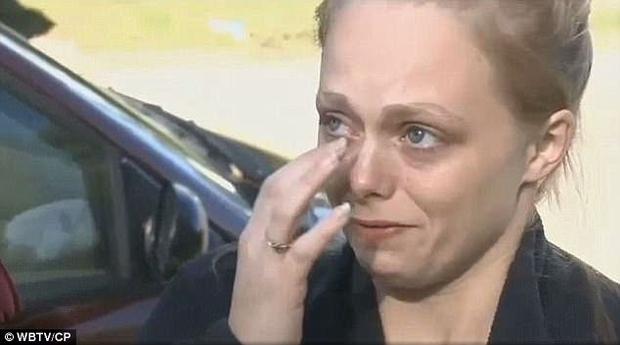 Đang đi trên đường cao tốc, ông bố 4 con thiệt mạng bởi hành động vô ý thức của 5 thiếu niên - Ảnh 6.