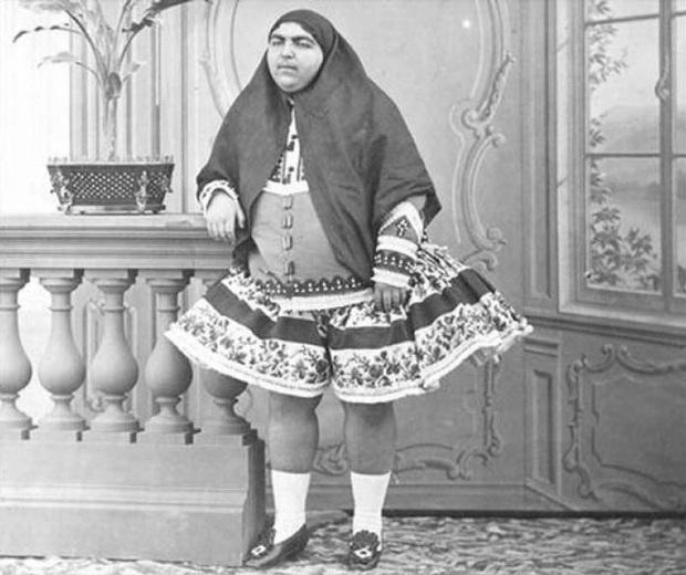 Đây là nhan sắc người vợ xinh đẹp nhất trong hậu cung gần 100 người của vua Ba Tư - Ảnh 1.