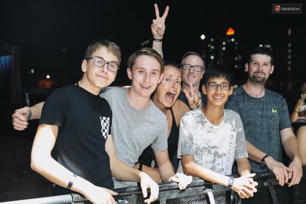 Chính các raver trong nước cũng phải bất ngờ vì khán giả đi xem show The Chainsmokers ở Việt Nam quá đông - Ảnh 7.