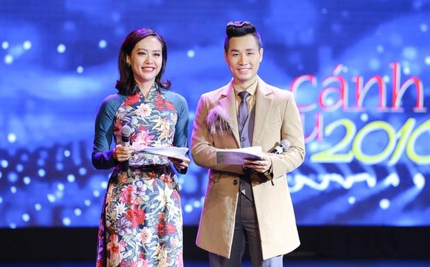 MC Nguyên Khang xin lỗi nghệ sĩ Công Lý vì câu đùa vui bị chỉ trích tại Cánh Diều Vàng - Ảnh 1.