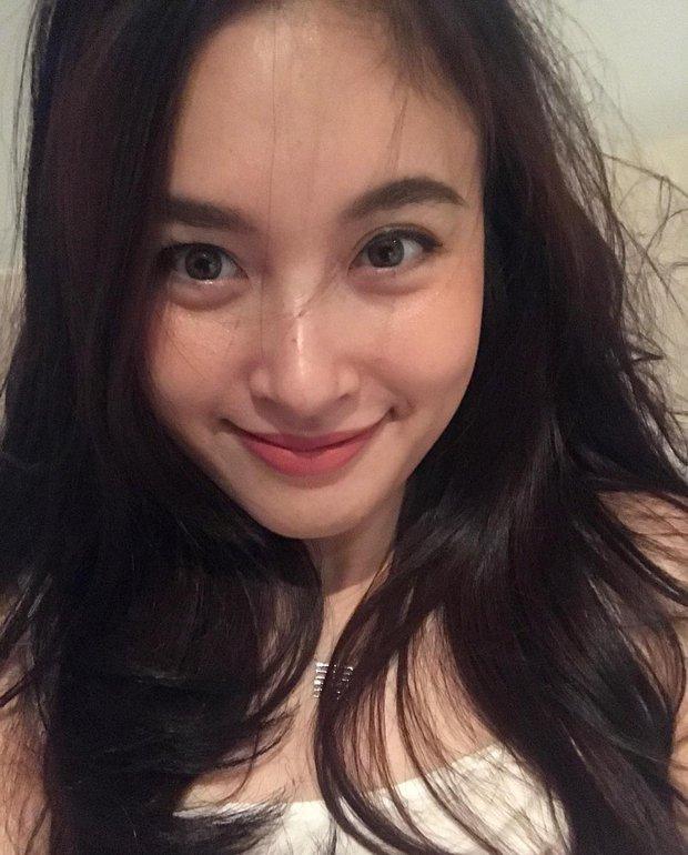 Hoa hậu chuyển giới Thái Lan 2017, Nong Poy, cựu Hoa hậu trong cùng một khung hình: Ai đẹp hơn? - Ảnh 9.