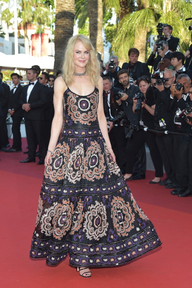 Phạm Băng Băng gây thất vọng, bị Elle Fanning dìm hàng toàn tập tại Cannes! - Ảnh 20.