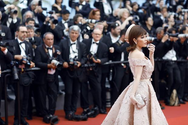 Lý Nhã Kỳ toả sáng lần cuối cùng với phong cách quý tộc tại thảm đỏ LHP Cannes - Ảnh 10.