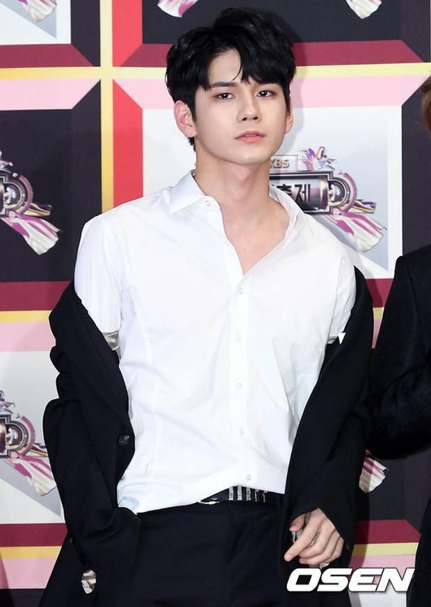 Không thích đẹp hoàn hảo, dàn mỹ nam Wanna One diễn sâu đến ngớ ngẩn, làm ảo thuật để gây chú ý trên thảm đỏ - Ảnh 14.