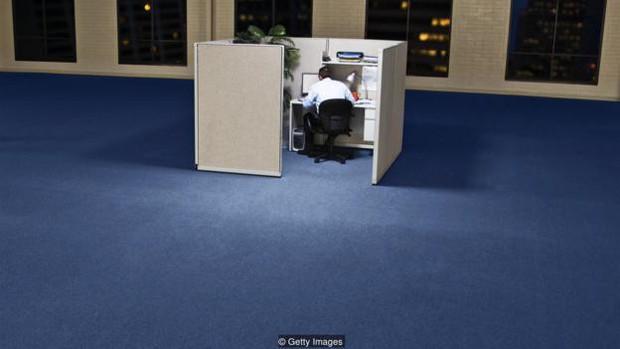 Làm việc tại nhà thực sự có thể phá hỏng sự nghiệp của bạn - Ảnh 4.