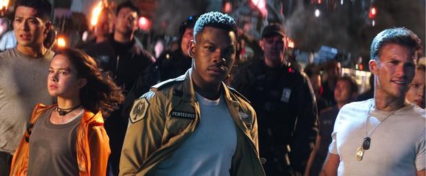 Người hâm mộ phấn khích với trailer cháy nổ y hệt Transformers của Pacific Rim Uprising - Ảnh 4.
