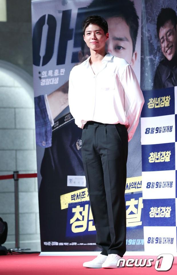 Sự kiện tề tựu binh đoàn trai xinh gái đẹp hot nhất xứ Hàn: Nhan sắc kém nổi bỗng lên hương - Ảnh 19.