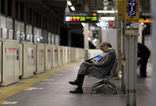 Làm việc đến chết - mặt tối đáng sợ của một xã hội kỷ luật tại Nhật Bản - Ảnh 3.