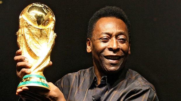 Vua bóng đá Pelé từng được Bộ giáo dục trao Huân chương vàng vì một đóng góp không tin nổi - Ảnh 2.