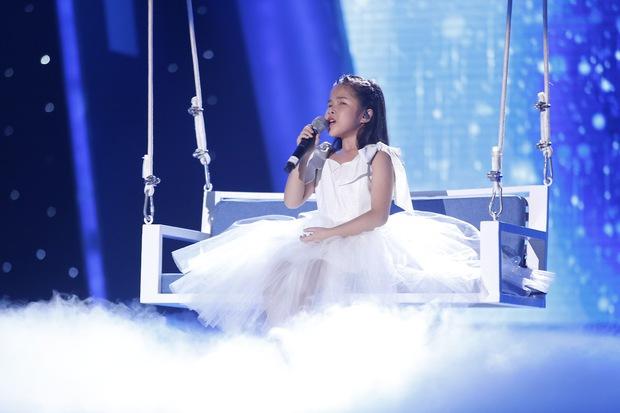Vietnam Idol Kids: Các giám khảo đồng loạt rơi nước mắt khi cô bé này bị loại - Ảnh 9.