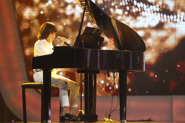 Vietnam Idol Kids: Các giám khảo đồng loạt rơi nước mắt khi cô bé này bị loại - Ảnh 11.