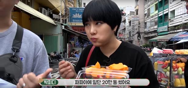 Vlogger nổi tiếng Hàn Quốc bị chặt chém khi du lịch Việt Nam: Ăn hết 20 nghìn nhưng phải trả 200 nghìn - Ảnh 1.