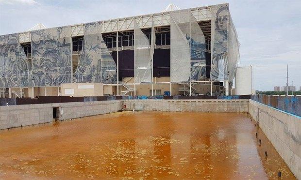 Mới chỉ hơn 6 tháng thôi mà các công trình Olympic Rio đã tan hoang như thế này - Ảnh 2.