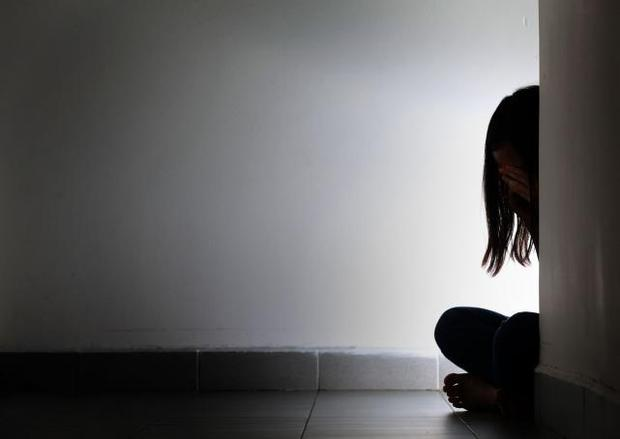 Ký ức xót xa của bé gái 14 tuổi bị bán sang Singapore làm gái mại dâm - Ảnh 1.
