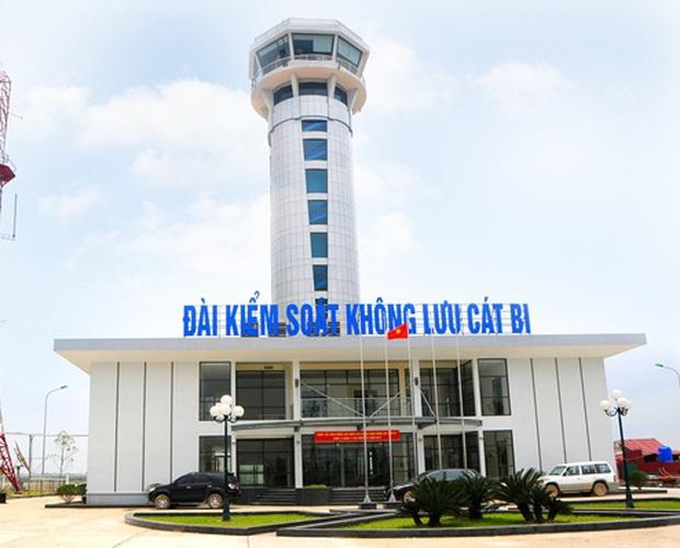 Tước giấy phép hành nghề, xử phạt 7,5 triệu đồng kiểm soát viên không lưu ngủ gật tại sân bay Cát Bi - Ảnh 1.