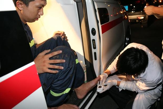 Vụ cháy Công ty may Kwong Lung – Meko: Lửa bùng phát trở lại - Ảnh 6.