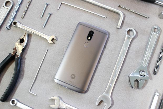 Lenovo Việt Nam ra mắt Moto M phân khúc tầm trung: thiết kế nguyên khối, phủ nano chống nước, camera 16 MP - Ảnh 1.