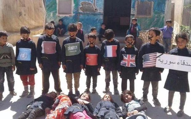 Khi cả thế giới im lặng, trẻ em Syria phải tự đứng lên cho số phận của mình - Ảnh 1.